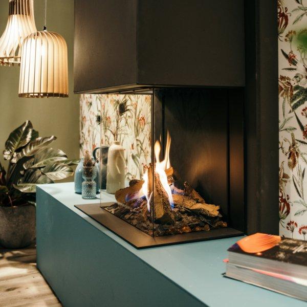 faber gashaard met driezijdig glas en houtblokkendecoratie eco-wave afstandsbediening ledmodule