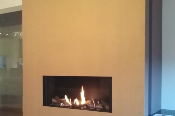 Faber Relaxed Smart large sfeerhaard aardgas houtblokkendecoratie